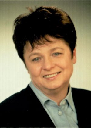Portrait von Monika Haßlinger